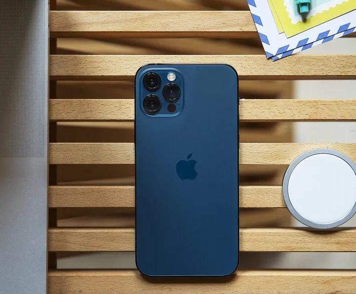 Apple ghi nhận mức tăng doanh thu 2 chữ số