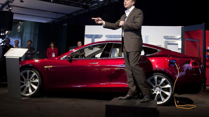 Hãng xe điện Tesla dự báo tăng trưởng của hãng tăng hơn 50% trong năm nay