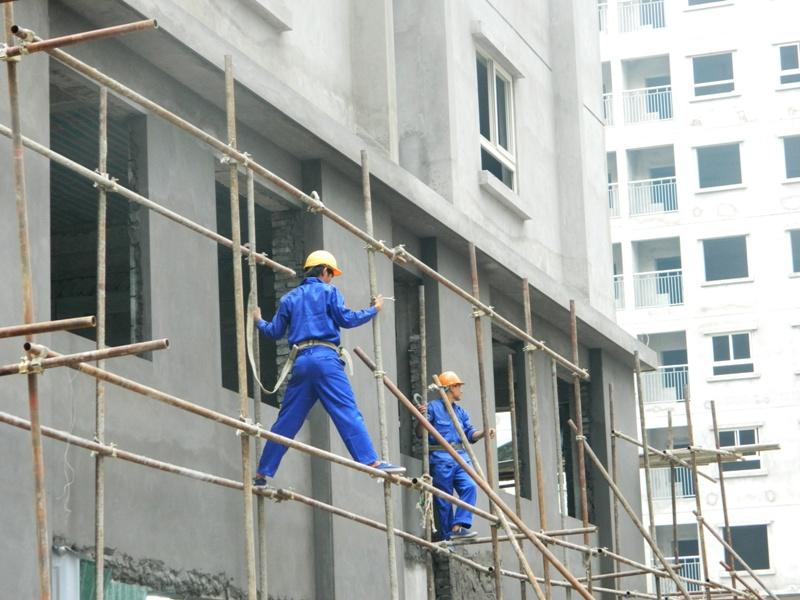 Nhà nước, chính quyền địa phương trong việc hỗ trợ người lao động