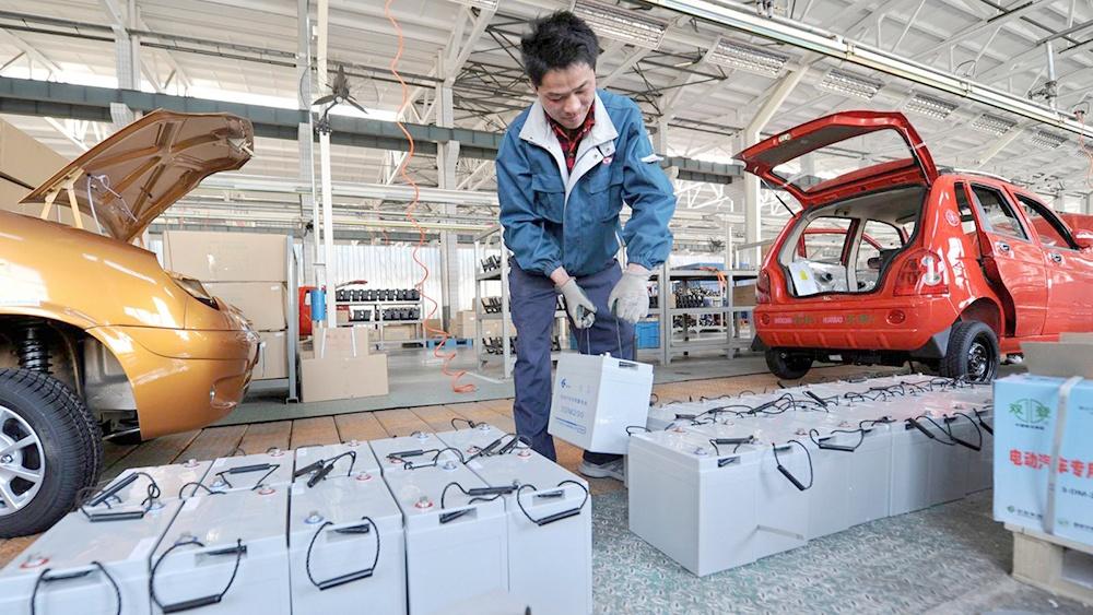 Một công ty tại Trung Quốc đang rất thành công với việc sản xuất pin xe điện