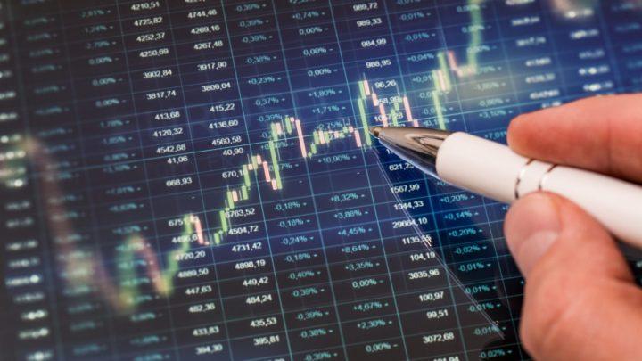 Nhận quả đắng khi mua cổ phiếu nóng