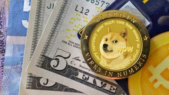 """Sau 6 tháng, Dogecoin bứt phá """"leo thang"""" tăng trưởng 25,000%"""