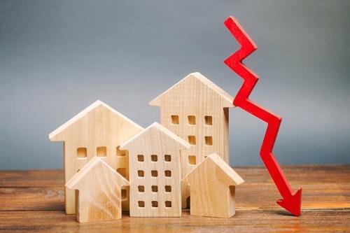 Thị trường nhà đất đứng trước nguy cơ sụp đổ?