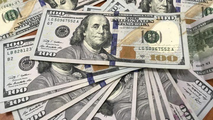 Triển vọng phát triển của kinh tế Mỹ khiến đồng USD định giá quá cao