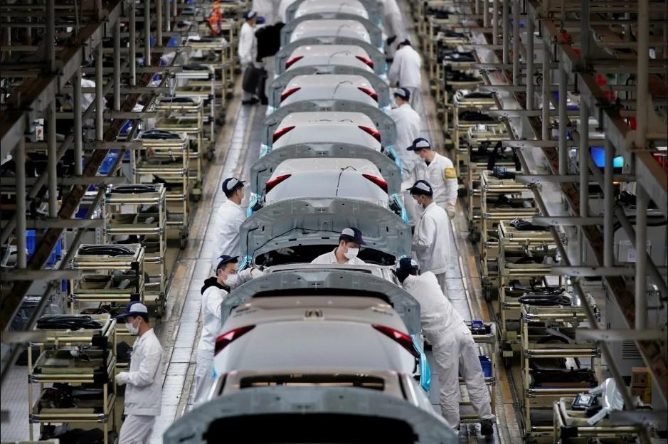 Trung Quốc đang thiếu nguồn lao động nhập cư khổng lồ do bị thu hẹp và già đi